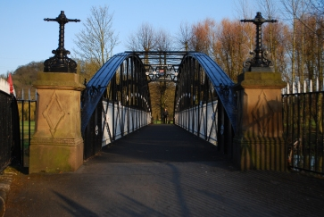 Andresey Bridge over River Trent, Burton